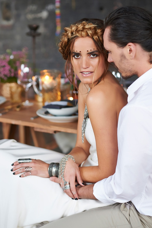 Photography: Nikole Ramsay Photographer. Hair and make-up: Rebecca Vivian. Concept, styling and furniture: Dress my wedding.