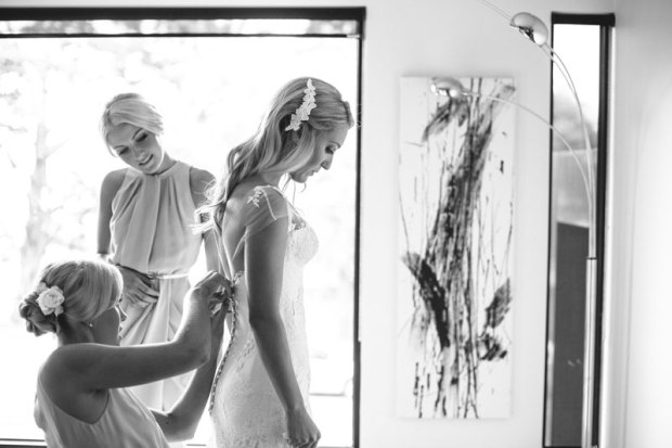 As-seen-on-gt-Bride-gtbride.com.au-Kim-Selby-Photography